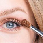 Blaue Augen schminken - Anleitung | Schminktipps für blaue Augen - T4F