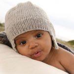 Stylische Babymütze stricken - Traveller Location
