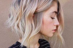 Bemerkenswerte Blonde Bob Frisuren