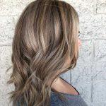 1 ) Natürliches schmutziges blondes Haar