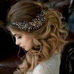 Großhandel Handgemachte Braut Haarschmuck Neue Perle Tiara Kopf Stück  Kristall Blätter Frauen Mädchen Strass Pageant Diademe Und Kronen Von