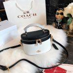 Großhandel Original Luxus Berühmte Marke Designer Handtaschen Handtasche  2018 Neue Frauen Make Up Taschen Tasche Schulter Kreuzkörper 20 * 15 Cm  Geldbörsen