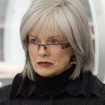 Moderne Blunt Bob Frisuren für ältere Frauen   schöne reife Frauen