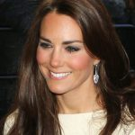 Kate Middleton Looked Gorgeous In Soft Smoky Eyes And Glossy Lips—Get Her Look  Frisuren
