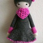 Lalylala Puppe Häkelpuppe 29cm grau/pink süß Amigurumi Geschenk Weihnachten