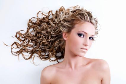 Lernen Sie die Kunst des   Haarstylings kennen