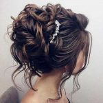 23 Langen Lockigen Hochsteckfrisur Frisuren - Haar Frisuren