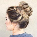 Süße Brötchen Hochsteckfrisuren für langes Haar | Frisuren Trend 123