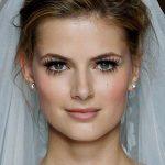 Loving this major doe eyed bridal makeup look!