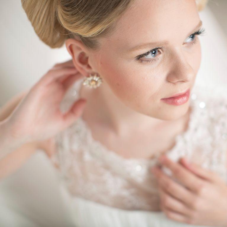Sehen Sie an Ihrem   Hochzeitstag strahlend mit Make-up-Tipps für die Hochzeit aus