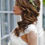 Stilvolle und moderne Hochzeitsfrisuren: Prachtvolle Ideen für alle  Haarlängen