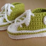 Kinderkleidung und Babysachen stricken und häkeln