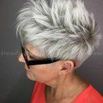 15 kurze Frisuren für dickes Haar über 50 | Beauty Frisuren