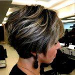 Holen Sie sich einen sauberen   und süßen Look mit kurzen unordentlichen Frisuren