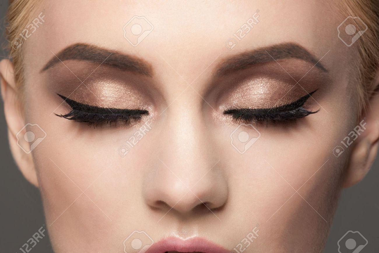Make-up-Bilder – Get inked ist ein Trend