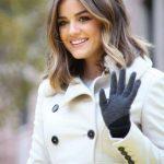 #Neue Frisuren 2018 Verschiedene mittlere Haarschnitt-Themen für trendige  Mädchen #HaarModelle #Kurze #Bob #Neu #2018HaarModelle #Trendige #best  #KurzesHaar