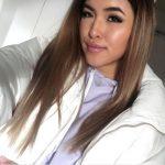 Shanti Tan hat eine neue Haarfarbe
