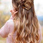 65 Atemberaubende Prom Frisuren für langes Haar für 2018 | Prom Frisuren …