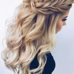 27 Dreamy Prom Hairstyles for A Night Out | hair | Frisuren, Haare