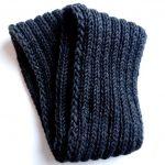 Anleitung: Einfachen grauen Loop-Schal stricken   Lisibloggt