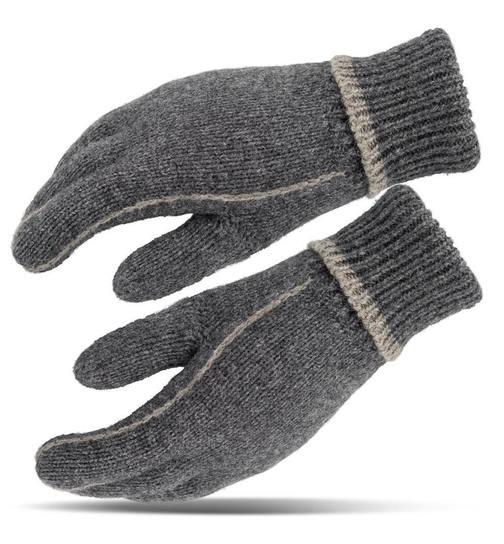 Warmes Gefühl in den   gestrickten Handschuhen