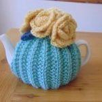 Hand Knitted Small Tea Cosy Tee Gemütliches Muster, Strickmuster Frei,  Kostenlose Strickmuster, Gestrickte