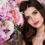Mit den folgenden Make-up Tipps für schwarze Haut gelingt eine perfekte  Foundation als Grundlage für ein strahlendes Tages- oder Party-Make-up.