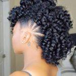 Verrückte und wilde lockige Mohawk-Frisuren für Sie | random shit i like |  Pinterest | Hair styles, Hair and Up styles