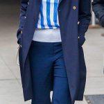 ♥ Pinterest: DEBORAHPRAHA ♥ Jessica alba in new york city wearing all navy -...