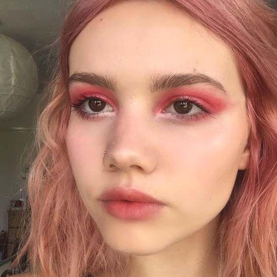 15 Maquillajes monocromáticos para realzar tu mirada