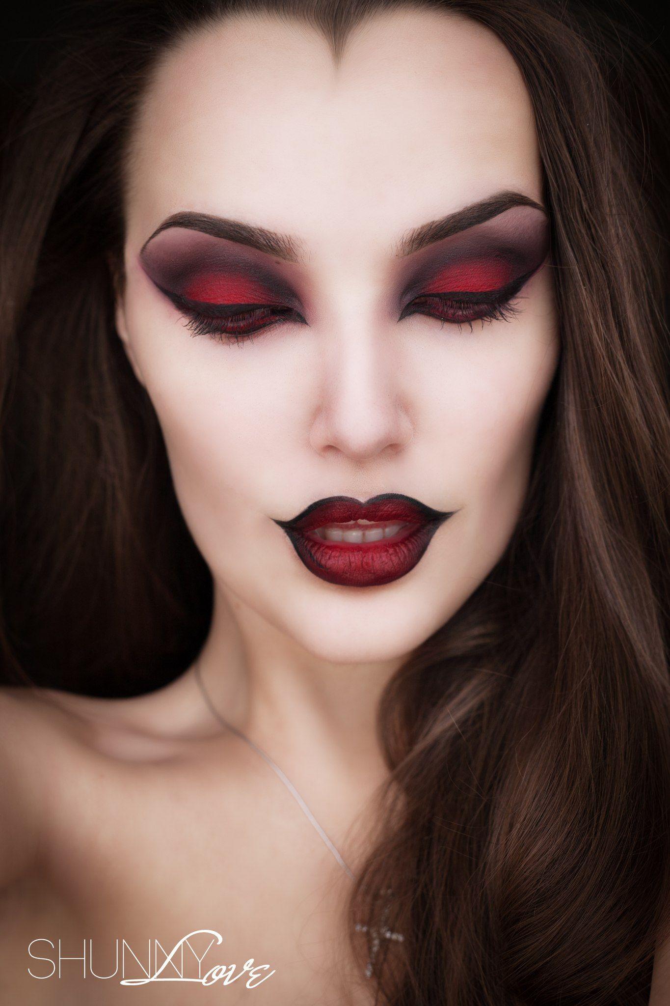 27 Terrifyingly Fun Halloween Makeup Ideas You'll Love
