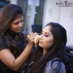 Die besten Promi-und Braut-make-up-Künstler in mumbai Satish Kargutkar PROFESSI...