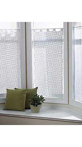 10 Beautiful Free Crochet Curtain Patterns