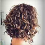 Einfache Frisuren für kurzes lockiges Haar  #