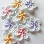 Crochet flower pattern, Crochet Plumeria Frangipani pattern, photo tutorial. Hawaiian flower applique, easy crochet pattern
