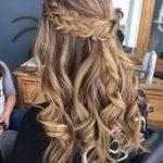 Die 10 beliebtesten Frisuren zur Hälfte nach oben und zur Hälfte nach unten: T...