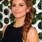 20 Maria Menounos Hairstyles (WITH PICTURES)