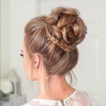 20 stylish updos to try / Latest Hair Trends 2019