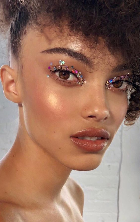 24 Fall Makeup Trends 2019: Shockingly Wearable Makeup Looks For Fall