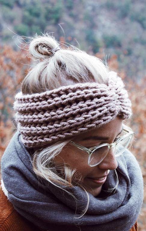 26 Easy Crochet Headband Ideas and Free Patterns 2019 – Page 7 of 26 #knitheadba…