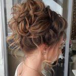 40 kreative Hochsteckfrisuren für lockiges Haar #hochsteckfrisuren #kreative #lockiges - New Site