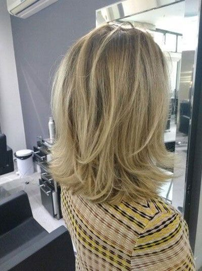 50 Medium Shoulder Length Hairstyles for Women with Female Hair Loss Baldness on…