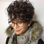 50 kurze lockige Haare Ideen, um Ihr Stil Spiel zu verbessern