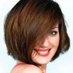 58 Kurze Frisuren für runde Gesichter mit Doppelkinn - holz - #Doppelkinn #Fris...