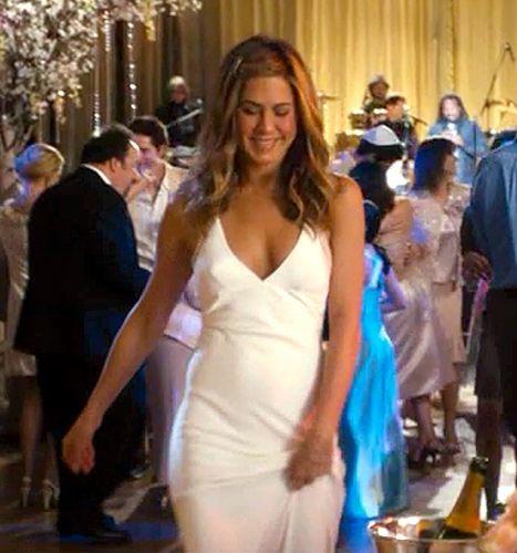 8 Times Jennifer Aniston Has Rocked a Wedding Dress On-Screen: Photos!