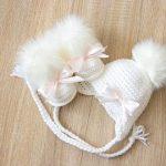Baby-Mädchen-Hut und Booties-Set, Hut und Stiefel mit Bögen, Baby-Mädchen-Kleidung, Neugeborene Mädchen Kleidung, Baby-Mädchen-Geschenk, Preemie-Mädchen-Kleidung