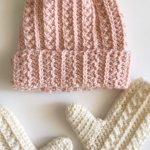Beginner Crochet Project with Yarnspirations - Crochet and Knitting Patterns