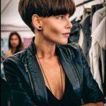 Beste kurze Wedge Haarschnitte für schicke Frauen 2019