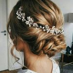 Bridal hair vine Beach wedding hair piece Bridal hair accessories Tocado de Bridesmaid gift Wedding hair piece Halo Jewelry Pearl vine