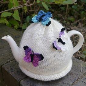 Butterfly Tea Cosy Cream                                                       …